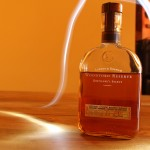 Labrot & Graham Woodford Reserve Distiller's Select Kentucky Straight Bourbon Whiskey with The Dan