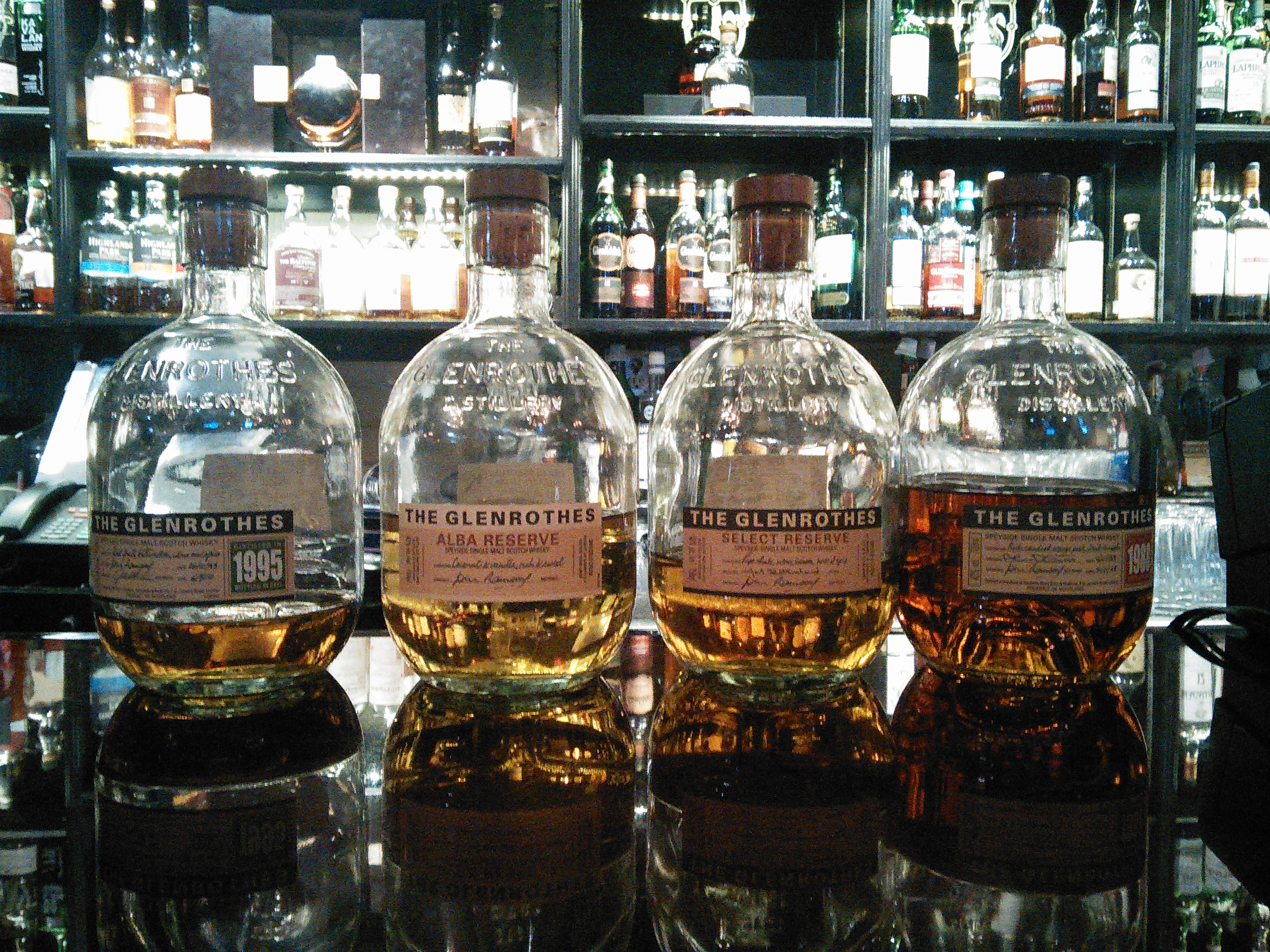 The Glenrothes Flight at The Highlander Pub, Rideau, Ottawa with Dan, Ryan & Goran