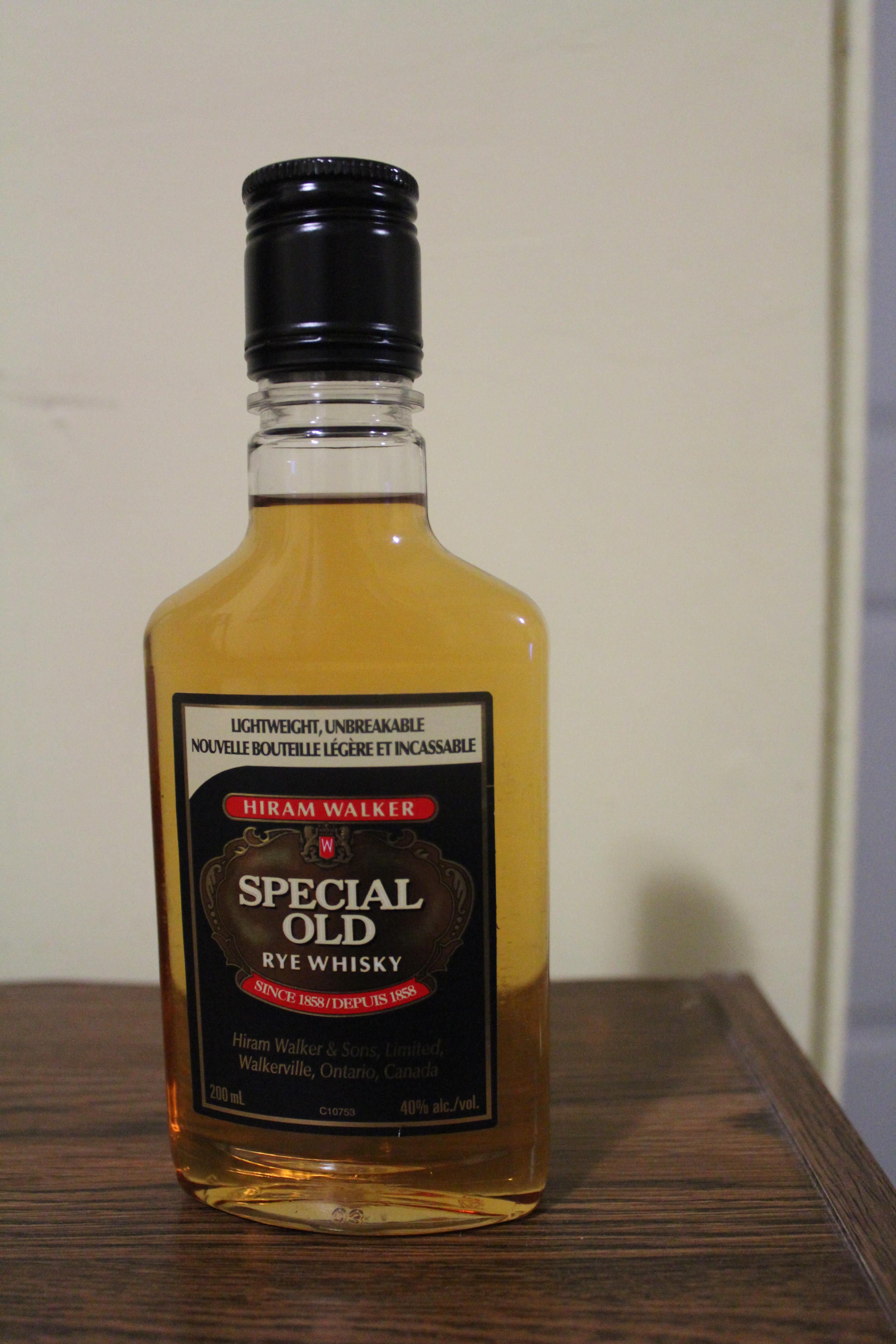 Hiram Walker Special Old Rye Whisky with Dan & Ryan