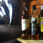 BlenderScotch Royale! Dewar's White Label v The Black Grouse v Cutty Sark with Dan, Ryan, Goran & Matt