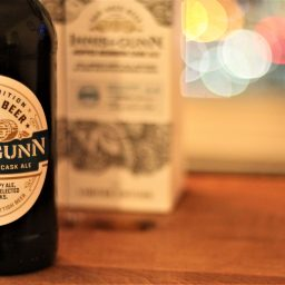 Innis & Gunn Hopped Bourbon Cask Ale with Davey